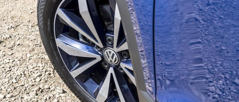 Volkswagen T-Roc 2018 08
