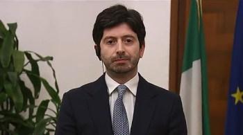"""Vaccino, Speranza: """"Via libera per Astrazeneca per over 65""""."""