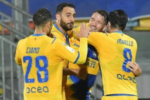Frosinone-Cremonese 1-0.