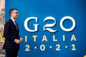 G20. CLIMA, SABATO FRIDAYS FOR FUTURE TORNANO IN PIAZZA A ROMA.