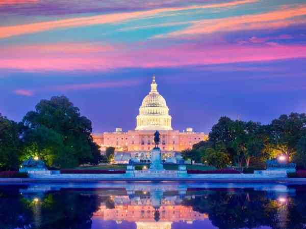 What to Do in Washington, DC, from monuments + memorials to honoring our nations leaders + fighters.