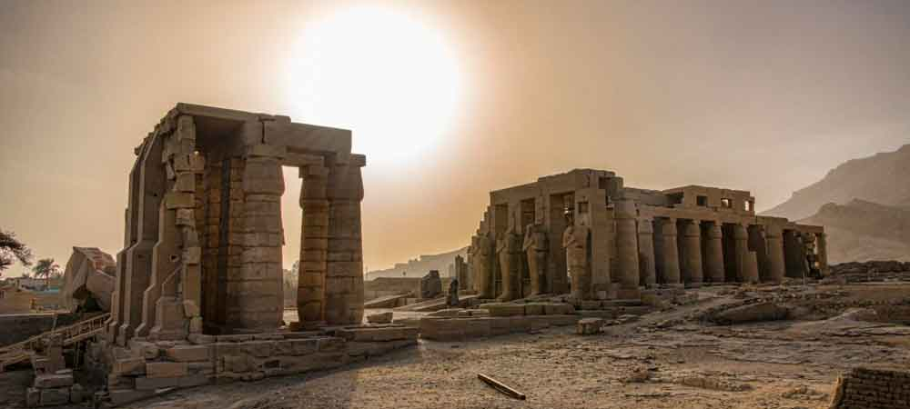 Explore the temples + pyramids of Egypt