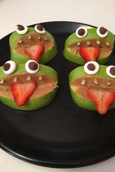 Halloween Snacks Apples