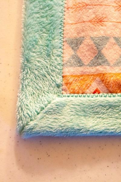 Self-binding-minky-blanket-tutorial-15