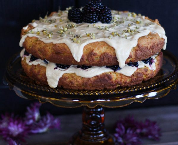 Camomile Pumpkin Cake with Greek Yogurt Frosting-15487