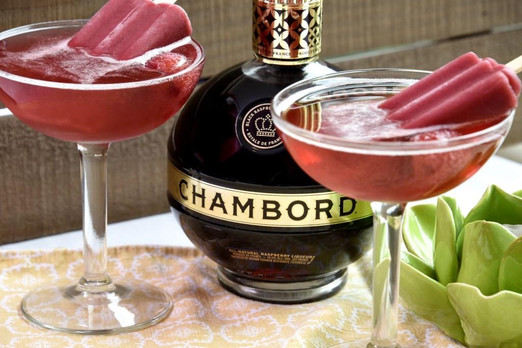 chambord, cocktail, recipe, manhattan