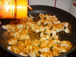 cuire et ajouter le curry
