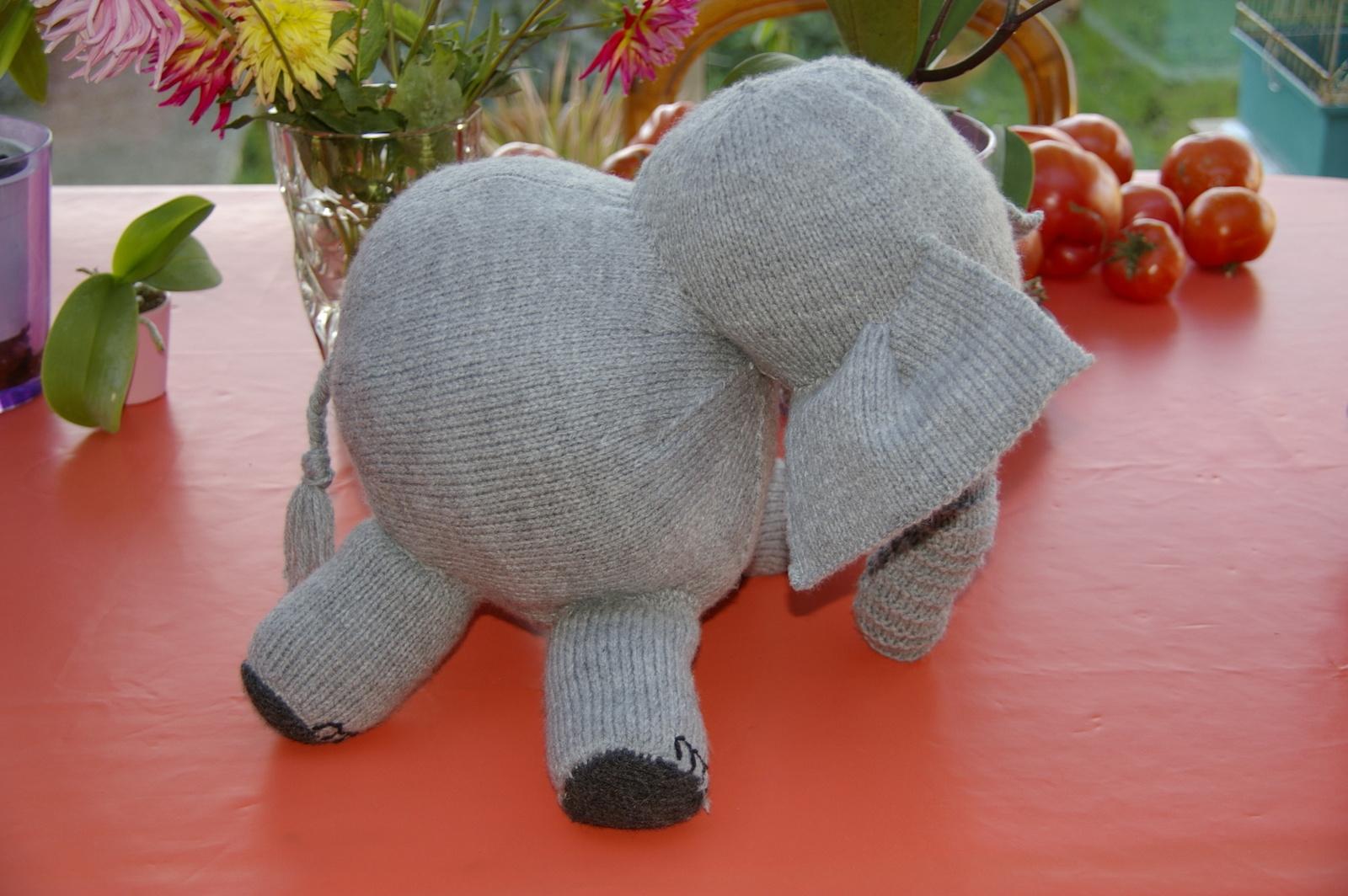 Notre éléphant de profil.
