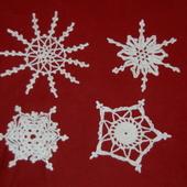 DECO NOEL AU CROCHET : 4 autres flocons avec tuto - Le blog de crochet et tricot d'art de Suzelle