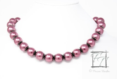 Dusty rose glass collar necklace in gunmetal