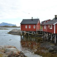 Rorbuer op Svinøya, Lofoten, Noorwegen