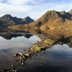 Wandelen in de herfst op Langøya, Noorwegen, Fru Amundsen