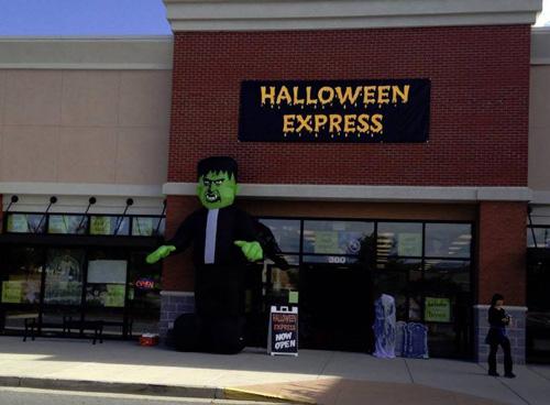 halloween express in store box mac n cheese