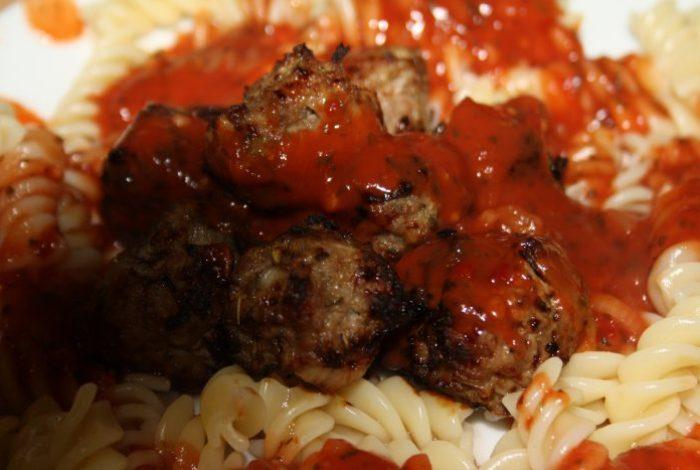 Family Friendly Frugal Meals – Turkey Meatballs….