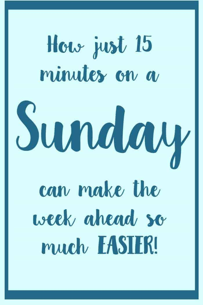 How just 15 minutes on a Sunday can make the rest of your week so much easier #{Free Printable Weekly Planner}....