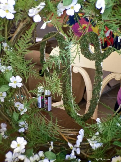 Spring Fern & Dogwood Wreath | FrugElegance | www.frugelegance.com