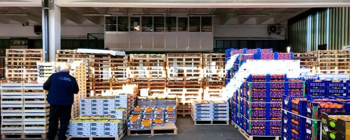F.lli-Santini-revoca-concessione-banane.Mercato-Bergamo-copy-Fm