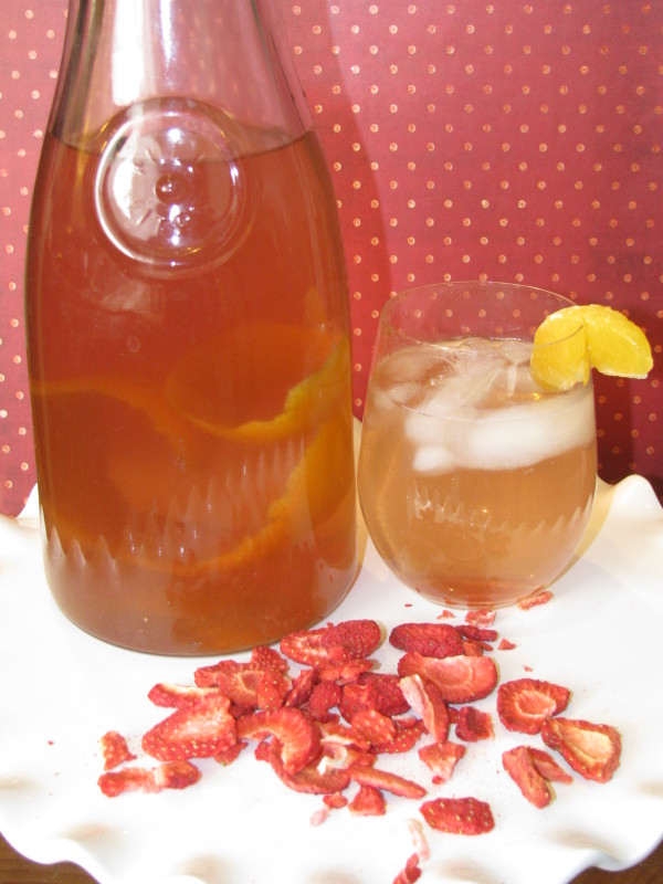 Strawberry and Tangerine Fruit Infused Water