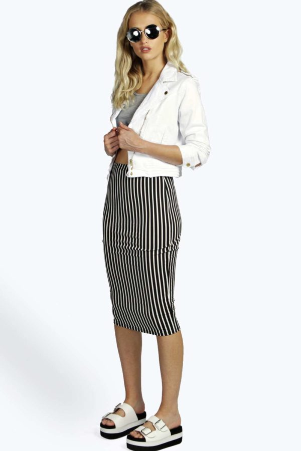 boohoo black and white striped skirt