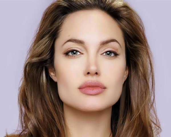 Angelina Jolie- Square face