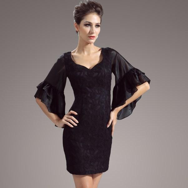Queen Anne Sheath Dress (Image: vogue queen.com)