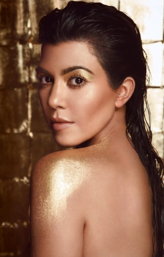 kourtney-kardashian-for-manuka-doctor
