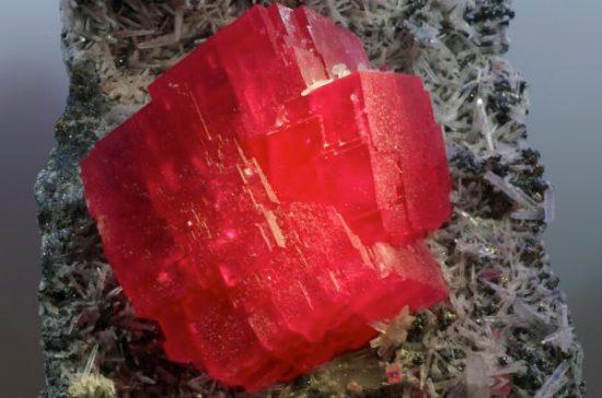 Crystal rhodochrosite