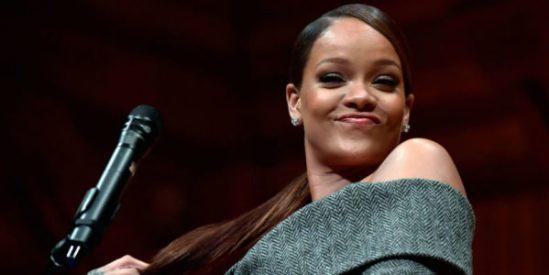 Rihanna award