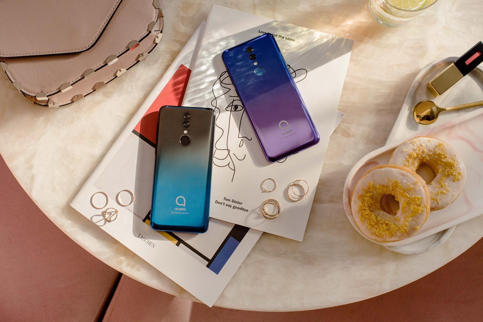 Alcatel 3 smart phone
