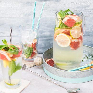 detox water lemon citrus