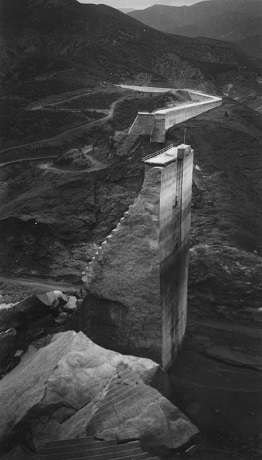 image of tombstone of st. francis dam