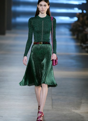 Christopher Kane AW15 Look 34