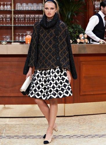 15K67.jpg.fashionImg.veryhi