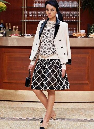 15K68.jpg.fashionImg.veryhi