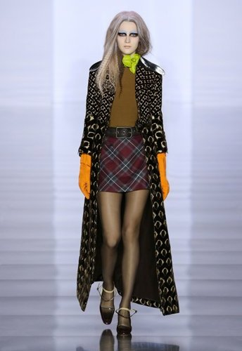 2015_aw_defile_looks_04_tumblr_w344_h516