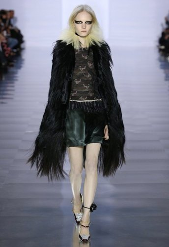 2015_aw_defile_looks_08_tumblr_w344_h516