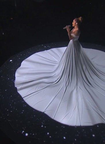 Jennifer-Lopez-White-Ball-Gown-American-Idol (3)