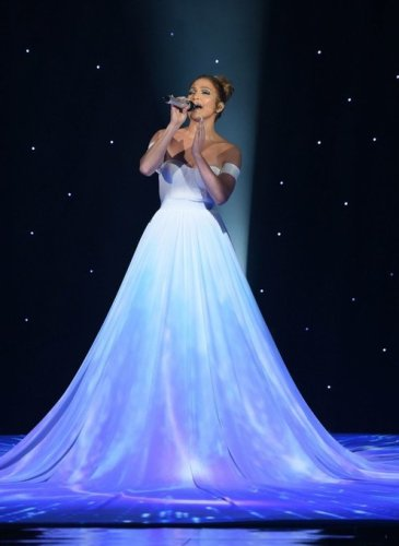 Jennifer-Lopez-White-Ball-Gown-American-Idol (4)