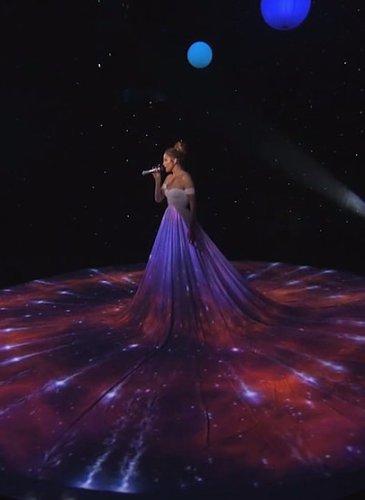 Jennifer-Lopez-White-Ball-Gown-American-Idol (5)