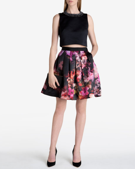 108f39be6 7 Floral Skirts for Workplace • FSHN Magazine