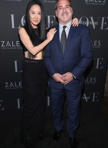 Zales Celebrates The Vera Wang Love Fashion Jewelry Collection