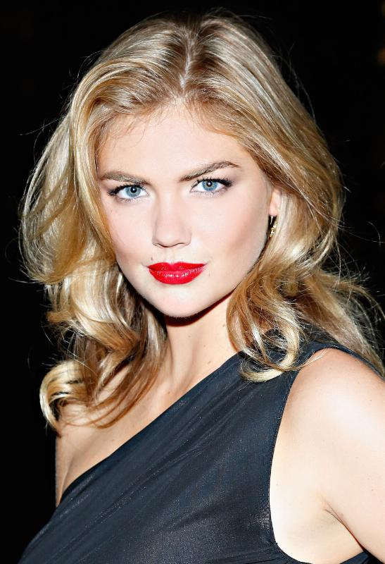 EXPRESS Announces American Supermodel Kate Upton as Brand Ambassador