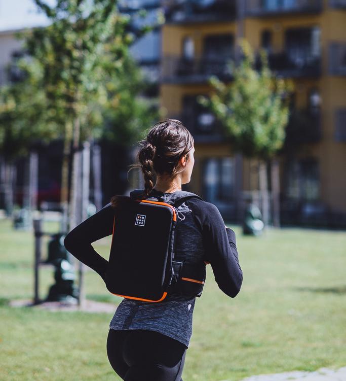 iamrunbox-orange-backpack-pro