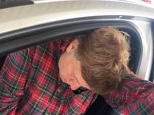 Jag kan tänka mig att åla mig in i bilen – om det är en Lotus, Maserati eller Porsche. Inte när det är en Volvo V40.