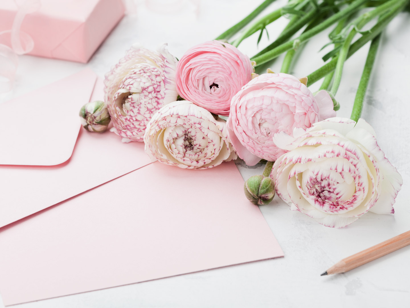 _____ may be gone, but his or her memory will live on in our hearts forever. 52 Sympathy Messages What To Write In A Condolence Card Ftd