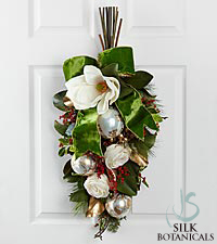 Jane Seymour Silk Botanicals Holiday Classic Teardrop Swag or Centerpiece