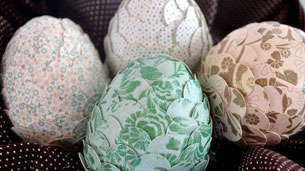 paper_punched_easter_eggs