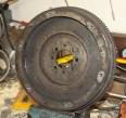 En sån här klump får nog ersättas med skelettsvänghjul... och en ny tryckplatta