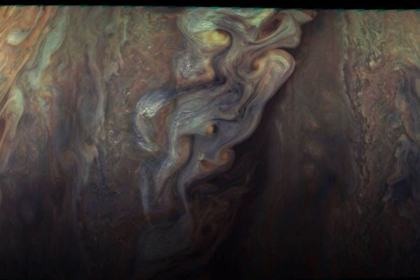 New Pictures of Jupiter from Juno Space Probe Fubiz Media