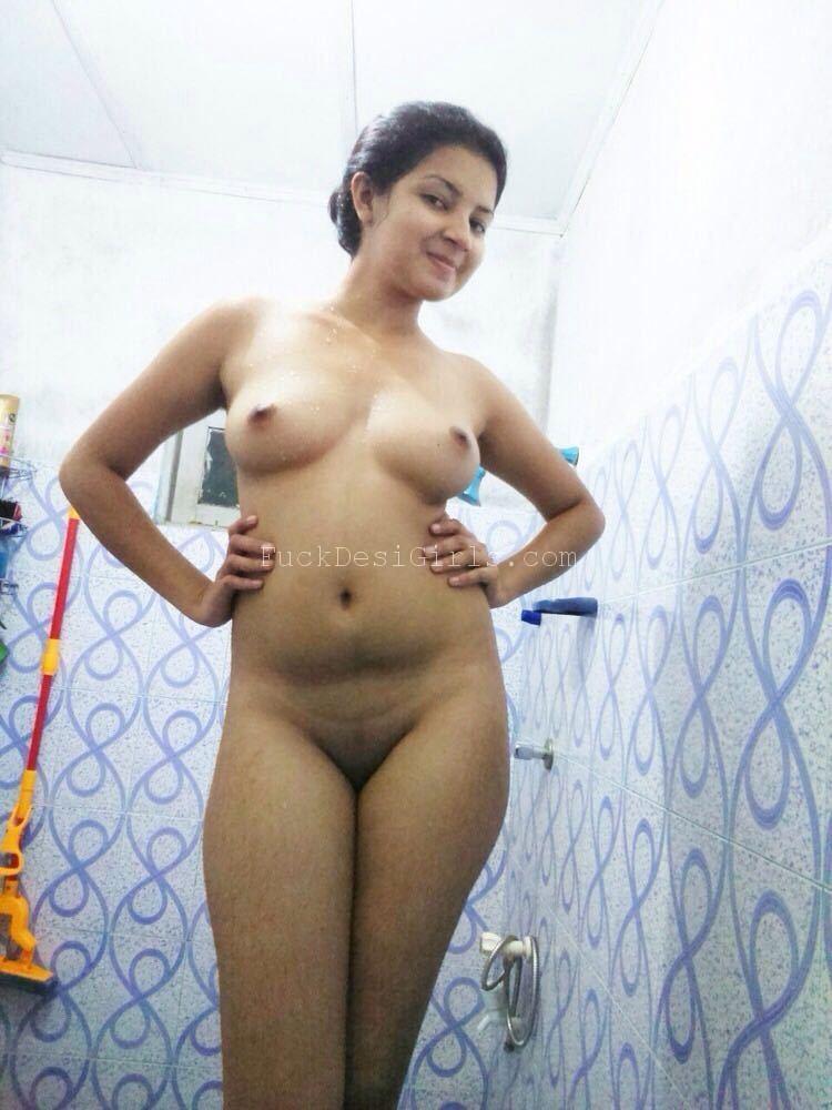 Desi Indian Teen Girl Porn XXX Bathroom Pictures